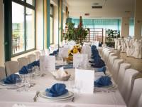 La sala ristorante accoglie anche banchetti e cerimonie